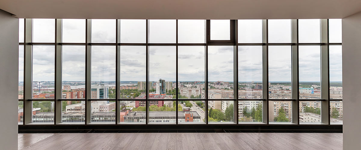 Flächenbündige Fenster im Architekturstil Studio