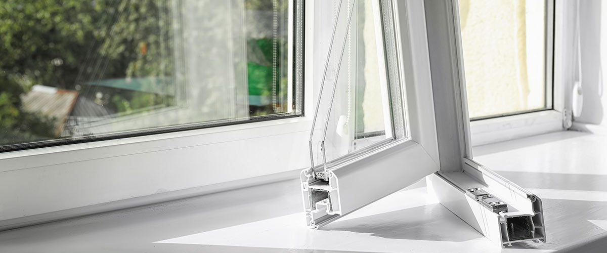 Kunststofffensterrahmen im Querschnitt